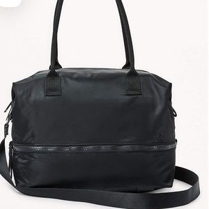 LULU GO LIGHTLY DUFFEL